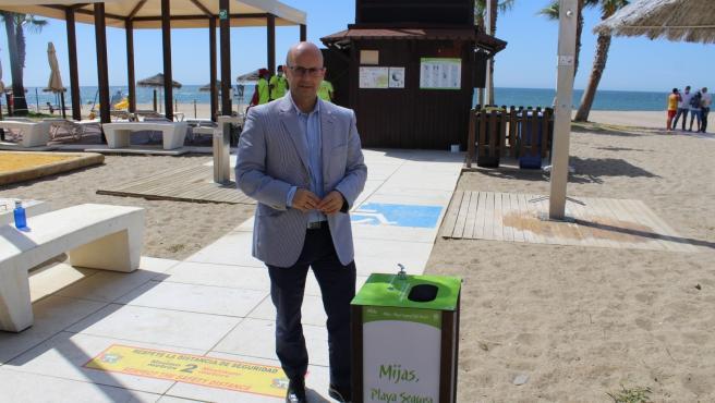 Turismo.- Mijas destaca que con el control de aforo de los drones se consigue no masificar las playas