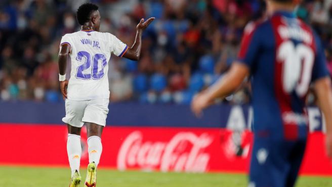 Vinícius celebra un gol ante el Levante