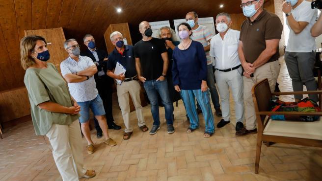 25-08-21 La Ministra  Teresa Ribera se ha reunido en el ayuntamiento de Los Alcázares con representantes de la plataforma del Mar Menor