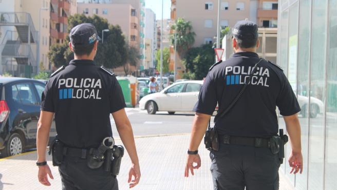Un motorista herido en un choque en Ibiza, en la UCI con fracturas en la cabeza