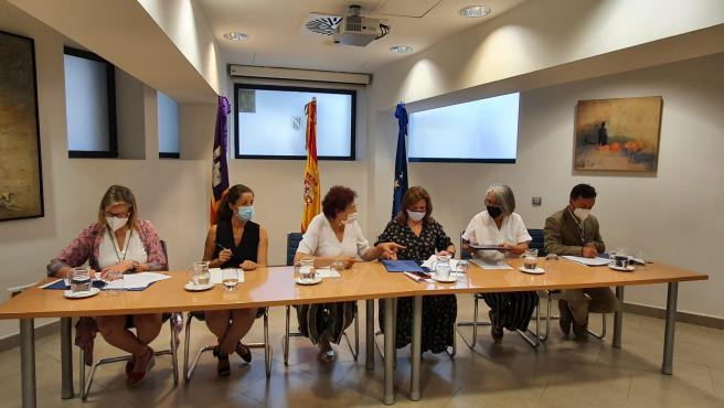 El Govern y los Consells Insulares firman un convenio dotado con 270.000 euros para luchar contra la prostitución
