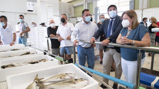 """Los pescadores piden que """"se abran las golas"""" y se evite la llegada de aguas con nutrientes al mar Menor"""