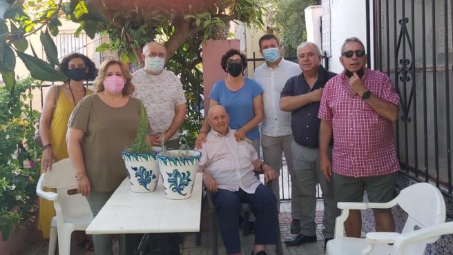 Monachil felicita a su vecino más longevo, Juan José Beltrán, que cumple 99 años