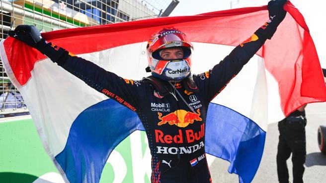 Max Verstappen celebrates victory at the Dutch GP