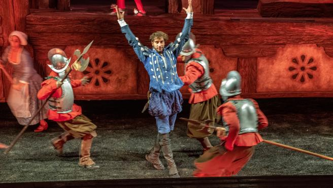 En la inauguración se ha interpretado el espectáculo 'A pluma y espada'.