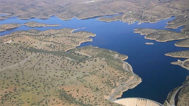 El Ayuntamiento de Mestanza (Ciudad Real) plantea la navegabilidad recreativa del pantano del Montoro
