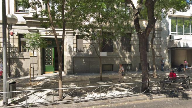 Sede de Correos en la calle Conde de Peñalver, en Madrid.