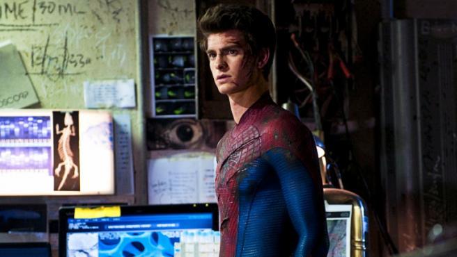 Andrew Garfield como Spider-Man