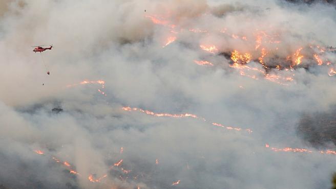 Incendios.- Veterinarios habilitan cinco puntos de avituallamiento cerca del incendio en Sierra Bermeja
