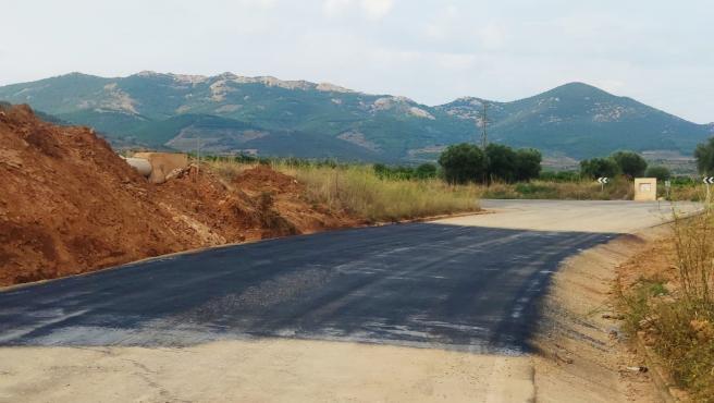 La carretera de acceso a Cosuenda reabre al tráfico tras dos semanas de limpieza a causa de las tormentas