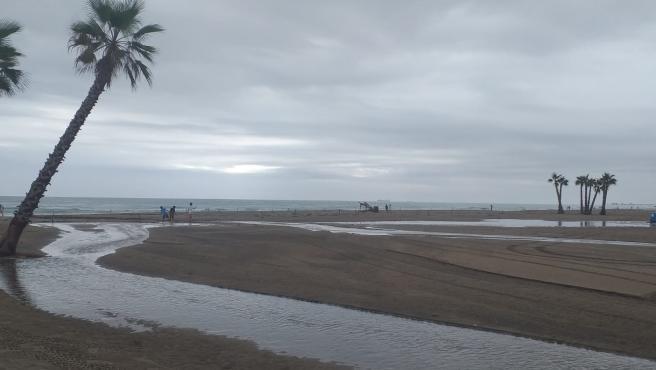 Cielo nuboso y posibles chubascos fuertes este miércoles en el litoral de Alicante