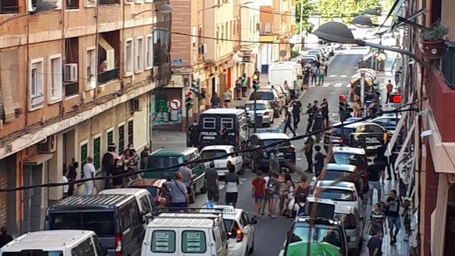 Policía Local y Nacional crean un grupo específico para actuar en Orriols tras los últimos incidentes