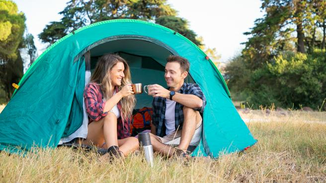En pareja, con familia o amigos, ir de 'glamping' es un plan que debes probar al menos una vez en la vida.