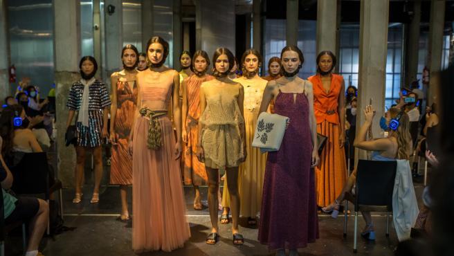 Desfile de Pilar Dalbat en la Mercedes-Benz Fashion Week Madrid, 2021.
