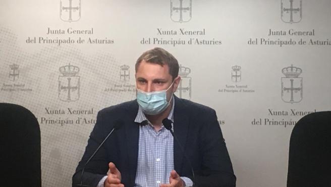 """Foro critica la """"falta de voluntad"""" del Estado con las infraestructuras asturianas y reclama competencias ferroviarias"""