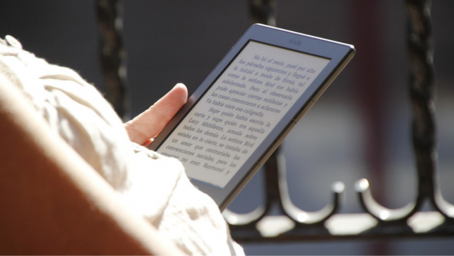 Amazon filtra por error el nuevo Kindle Paperwhite, su lector de libros  electrónicos más vendido