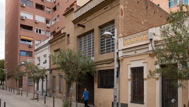 El local que ha motivado quejas entre los vecinos de Les Corts, en el número 54 B del pasaje de Xile.