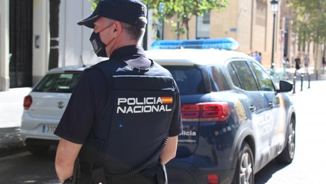 Imatge d'un policia nacional