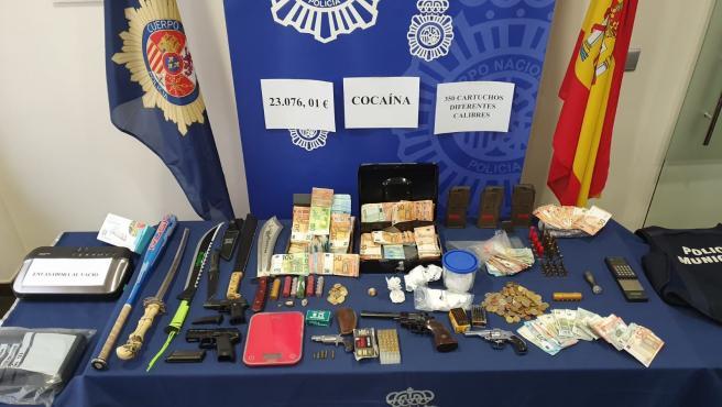 Desarticulado un grupo criminal dedicado al tráfico de armas y drogas en Medina del Campo y Villanubla