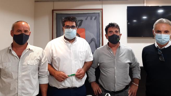 Los ganaderos cántabros se manifestarán ante Pedro Sánchez por el lobo en el LESPRE