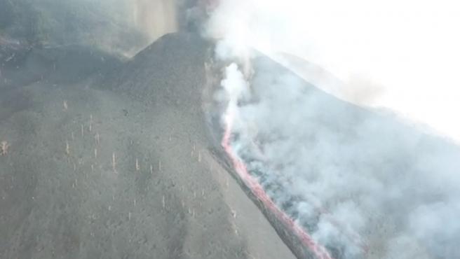 Nuevas bocas en el volcán de La Palma.