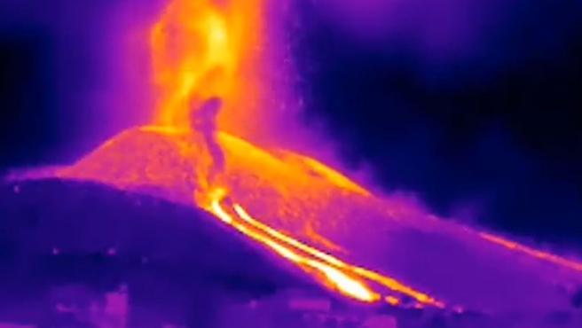 El Involcán ha difundido un vídeo infrarrojo de las nuevas bocas del volcán.