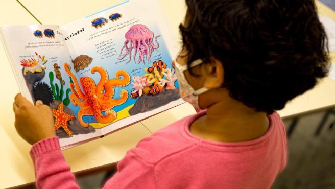 Cvirus.-Las bibliotecas Condestable Iranzo y Manuel Caballero Venzalá abren su puerta a clubes de lectura infantil