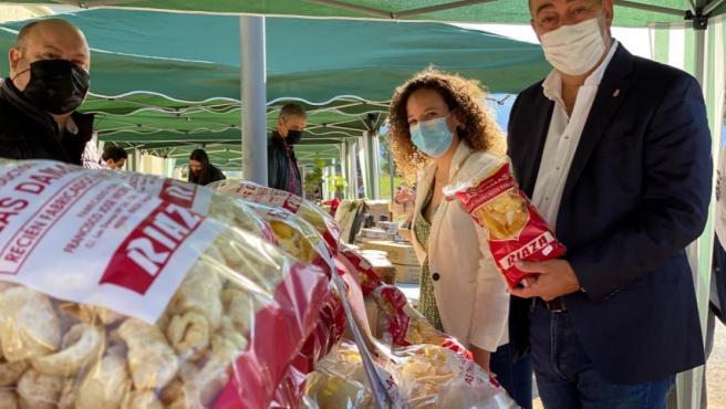 """El presidente de la Diputación ensalza """"lo propio"""" y el consumo local en la I Feria de Alimentos de Segovia"""