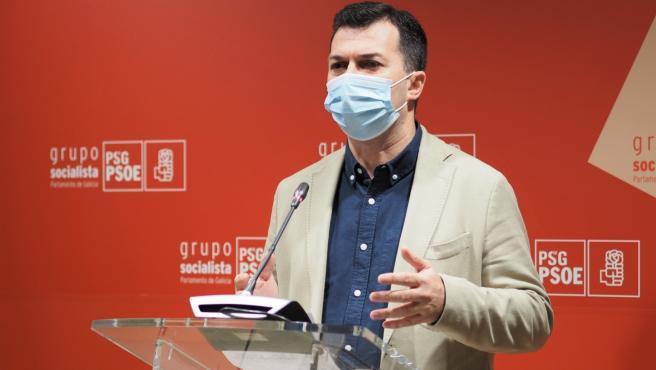 """G. Caballero reivindica un PSdeG """"fuerte y regenerado"""" y evita especular acerca de si le disputarán el liderazgo"""