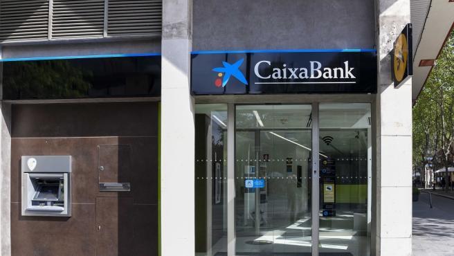 Cajero de Caixabank.