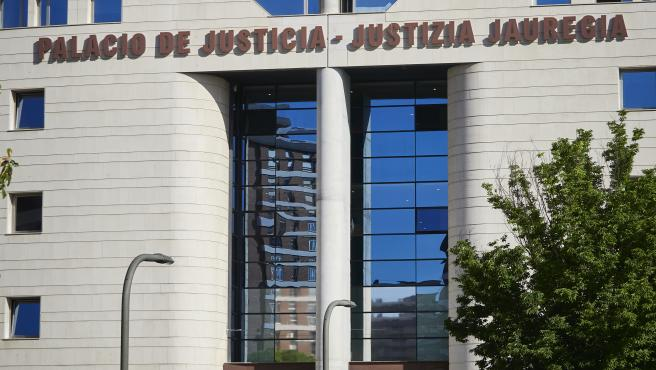 La Audiencia de Navarra absuelve por segunda vez a un acusado de abusar sexualmente de su hijastra de 14 años