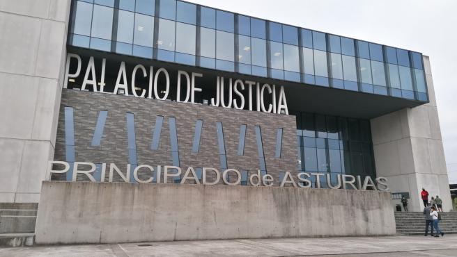 La supuesta víctima de agresión machista en Gijón dice que cayó sola porque había bebido y consumido sustancias