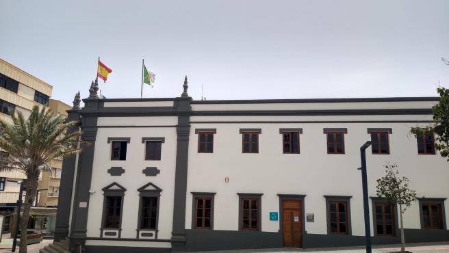 Los trabajadores del Cabildo de Fuerteventura donarán la partida de actividades socioculturales a La Palma