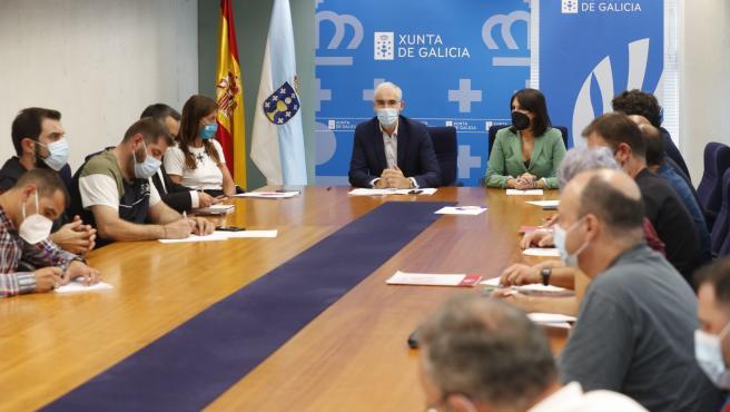 Xunta y comité de Vestas pactan una mesa industrial y pedirán a la empresa no comenzar las consultas del ERE el 28