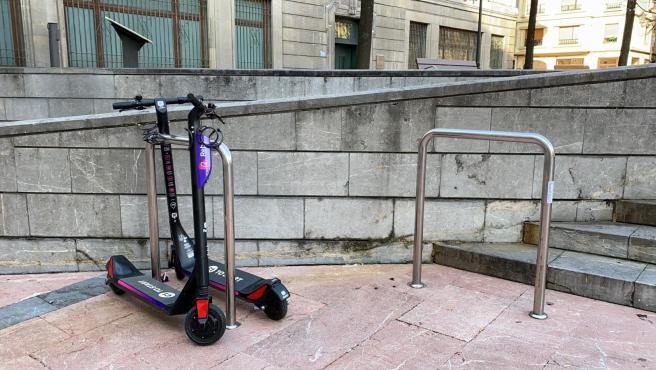 Condenado al pago de una multa un acusado de conducir sin licencia un patinete eléctrico por Oviedo
