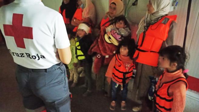 Llegan 81 personas en al menos cinco pateras a las costas de Alicante