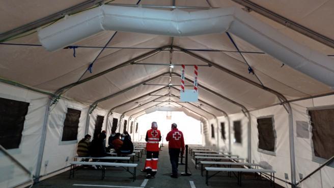 Una nueva patera con 14 personas eleva a 95 los migrantes rescatados en doce horas en aguas de la provincia