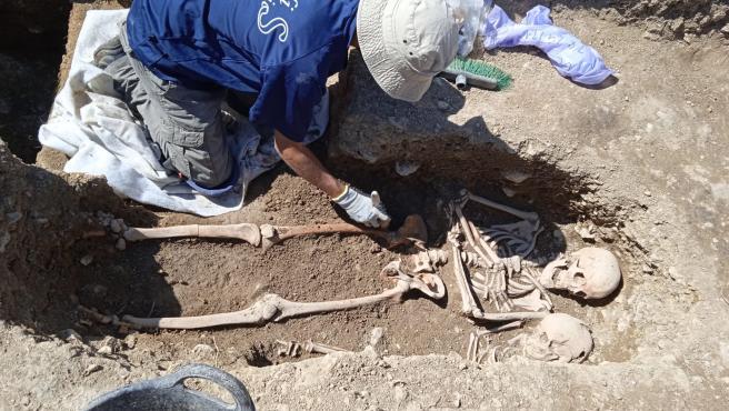 Nuevos hallazgos en excavaciones arqueológicas permiten ubicar el primer cementerio cristiano de Portell
