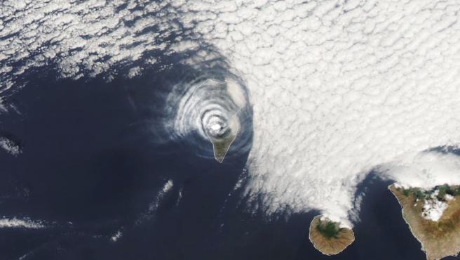 Imagen del volcán de La Palma captado por la NASA.