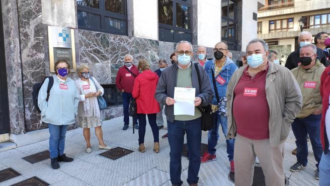 Pensionistas de CCOO exigen al Principado que solucione los problemas de la atención sanitaria