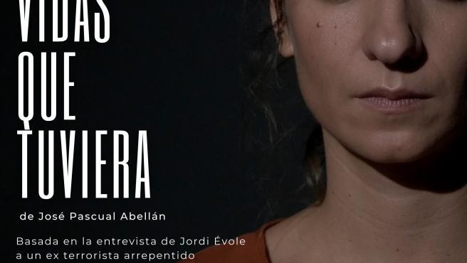 Lucía Esteso visita su Mota del Cuervo natal con 'Ni con tres vidas que tuviera'