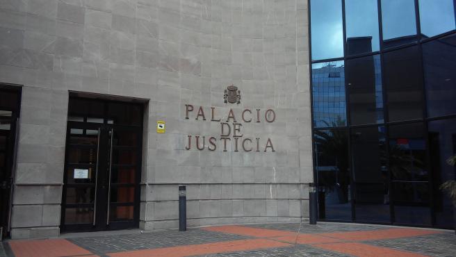 Dos años de cárcel y 300.000 euros por incapacitar a su bebé al zarandearlo    (Foto de ARCHIVO) 9/4/2018