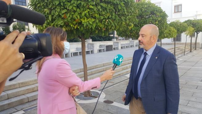 """Cs Extremadura advierte que el incremento es para deuda que """"hipoteca"""" el futuro de próximas generaci"""