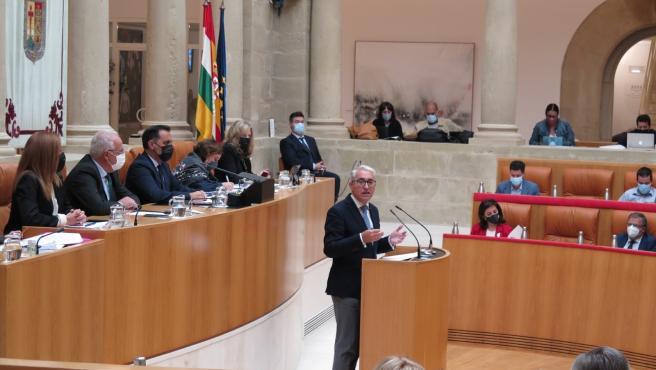 """Garrido (PP) ve un gobierno """"incompetente"""" y le ofrece siete pactos a Andreu"""
