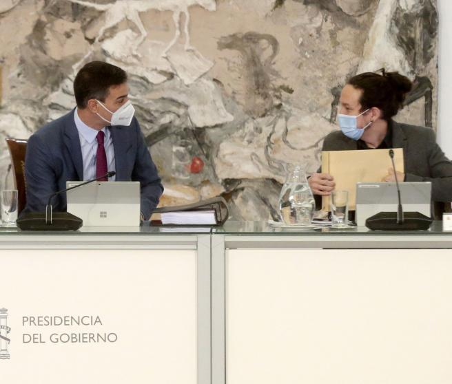 El presidente Pedro Sánchez y el vicepresidente Pablo Iglesias, este martes.