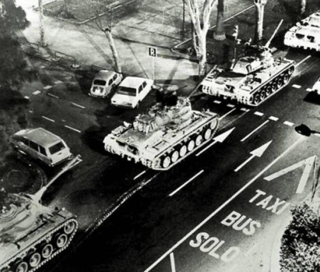 Tanques desplegados en Valencia el 23 de febrero de 1981