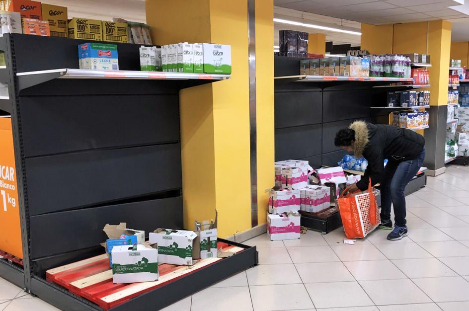Escasez de productos en los supermercados.