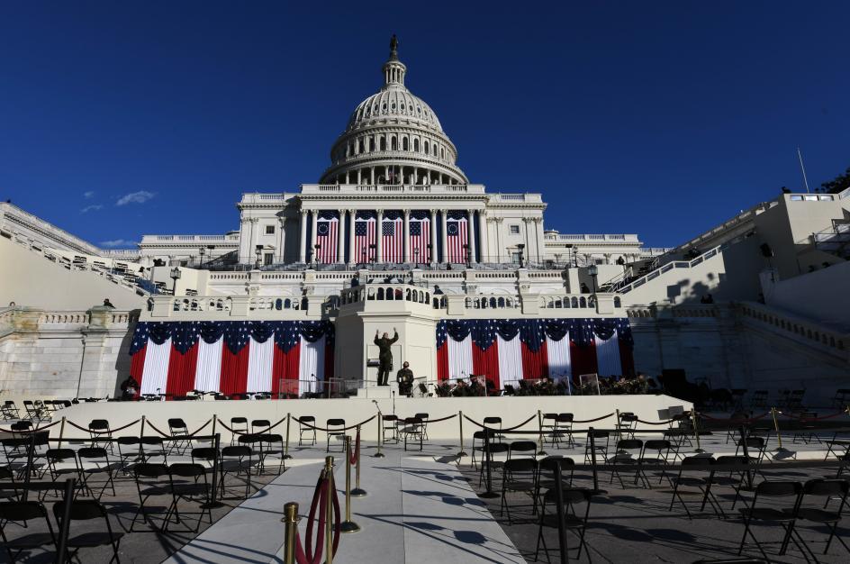 Vista del Capitolio durante el ensayo general de la toma de posesión de Joe Biden.