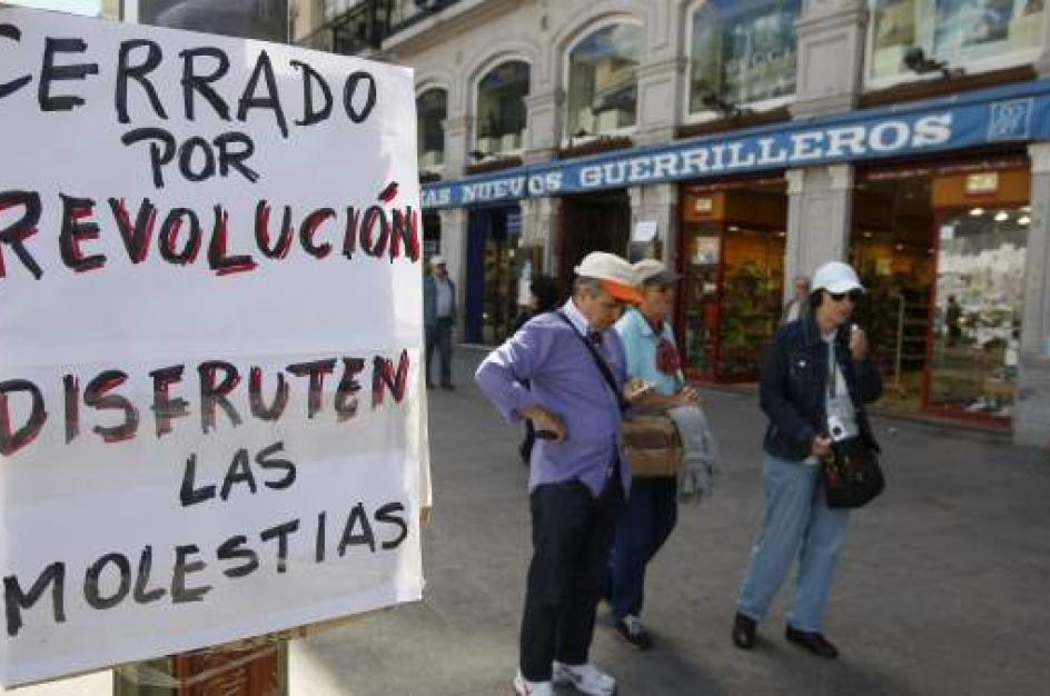 Un sinfín de carteles con frases de protesta inundaban las calles de Madrid durante las concentraciones del 15-M.