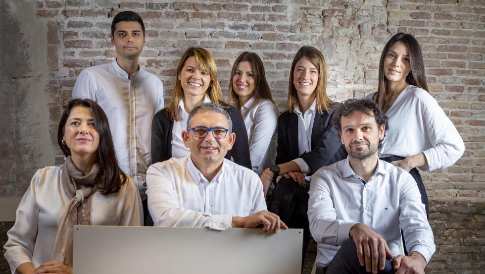 El equipo de MatchTrial con David Campos, director de la compañía,en el centro.
